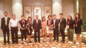中国印工协理事长徐建国于PRINT CHINA 2019展览期间会见新加坡印刷代表团